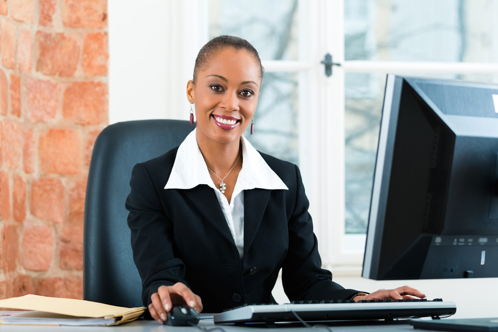 5 Reasons to Become a Paralegal